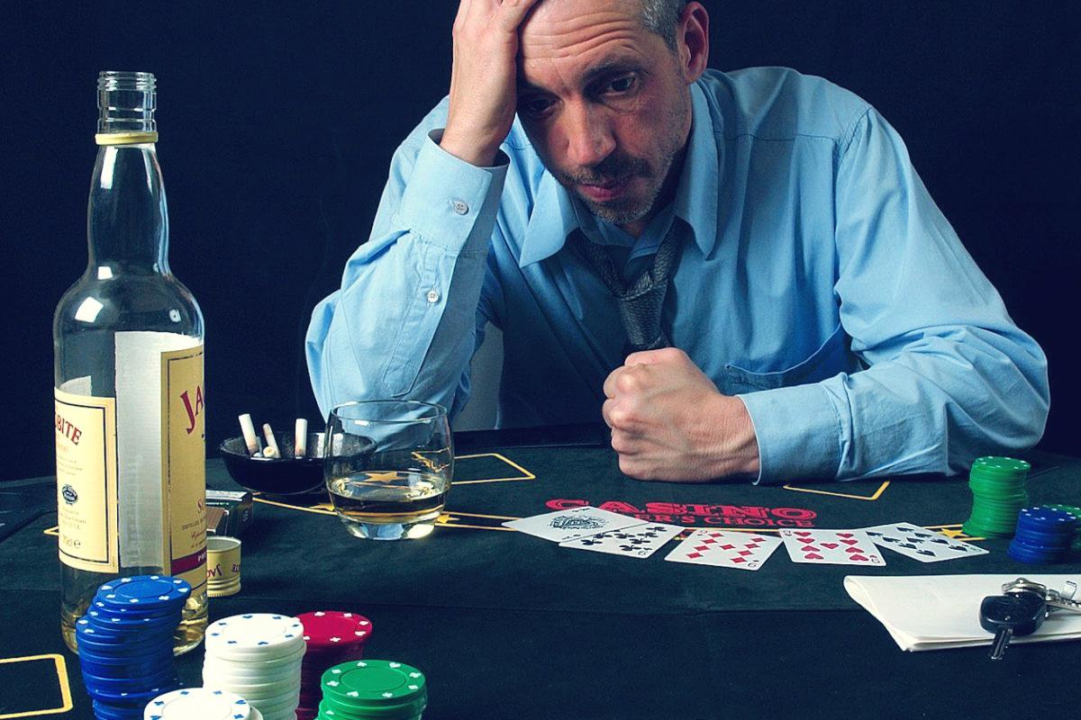 Ludopatia, alcolismo e tossicodipendenza si configurano come cause di problemi economici, finanziari, patrimoniali. Investigatore privato Milano
