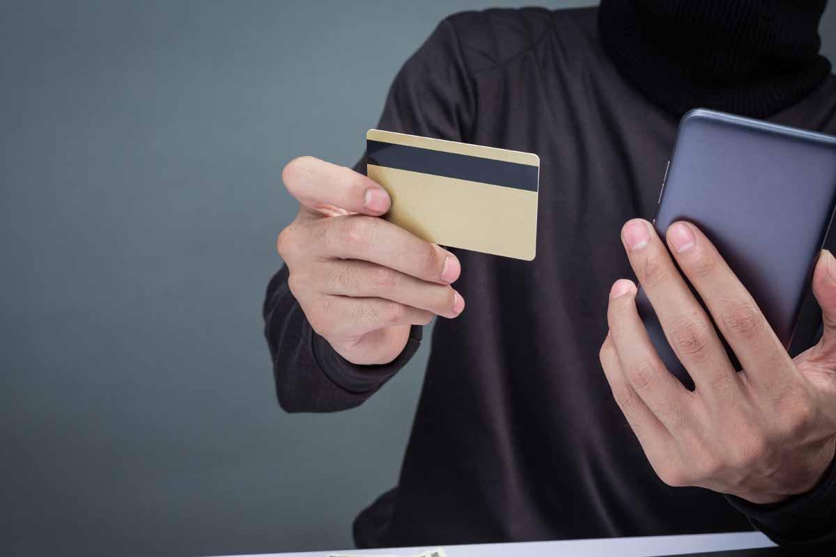 Investigazioni su furti e appropriazione indebita di beni o denaro investigatore privato detective milano